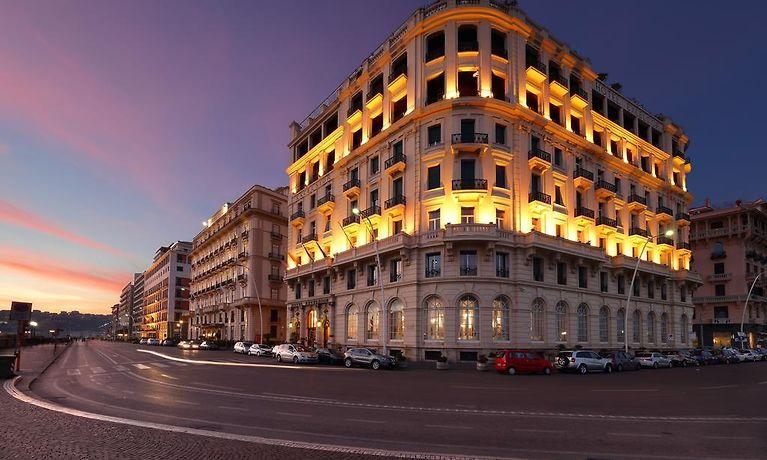 Eurostars Hotel Excelsior Naples Italien